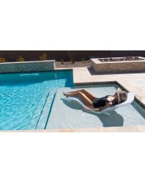 R-SERIES™ ROTOMOLDED LOUNGER